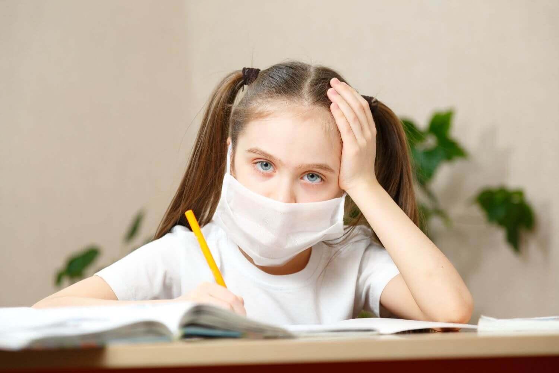 Παιδίατρος για άνοιγμα σχολείων: «Πρέπει να ανοίξουν - Οι αρνητικές συνέπειες είναι μεγάλες και ίσως μη αναστρέψιμες»