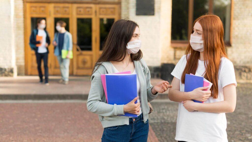 Άνοιγμα σχολείων: Τα μέτρα που θα ισχύσουν από σήμερα – Όσα πρέπει να ξέρετε για τεστ, απουσίες