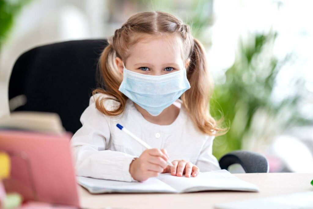 Θεοδωρίδου: Τα παιδιά μεταδίδουν τον ιό – Γιατί πρέπει να εμβολιαστούν