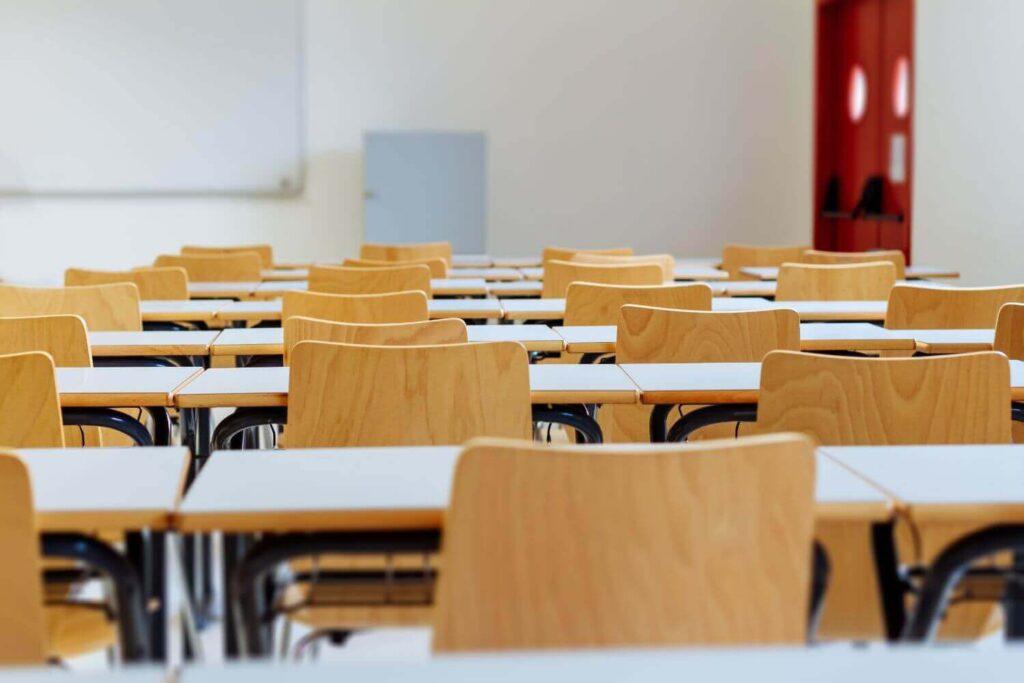 Σχολεία – self test: «Οι 600 ασυμπτωματικοί θα μπορούσαν να είχαν δώσει μέχρι και 12.000 κρούσματα»