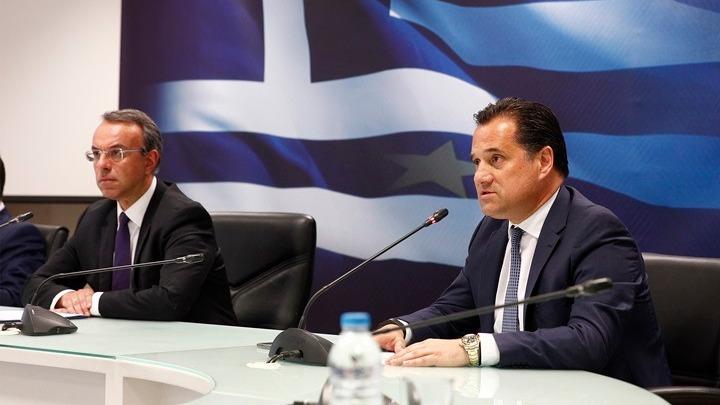 Σταϊκούρας: Η κυβέρνηση παίρνει βάρη από τις επιχειρήσεις