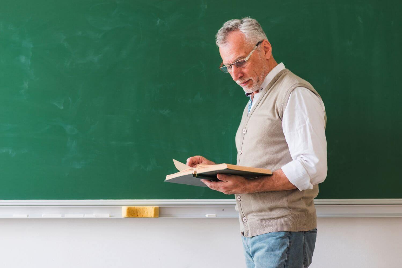 Πανελλήνιες 2021 - Τζούφη: Οδοστρωτήρας για τα Πανεπιστήμια το νομοσχέδιο