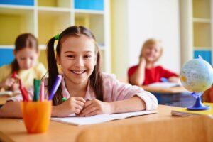 Σχολεία: Τι θα γίνει με παράταση σχολικού έτους, Πανελλήνιες 2021, ενδοσχολικές, Ελάχιστη Βάση Εισαγωγής