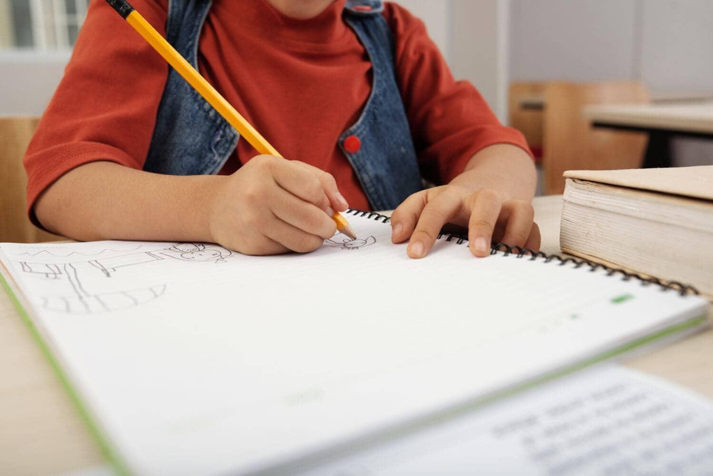 Σχολεία: Παράταση σχολικής χρονιάς - Πότε θα γίνουν οι πανελλήνιες 2021