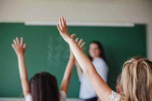 Άνοιγμα σχολείων: Πώς θα λειτουργήσουν - Τι θα γίνει με τα διαγωνίσματα