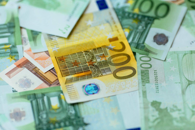 Επίδομα 400 ευρώ: Ποιοί και πότε θα το λάβουν - Κριτήρια, διαδικασία
