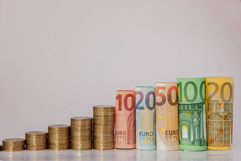 ΟΠΕΚΑ: Δείτε ποιά επιδόματα πληρώνονται