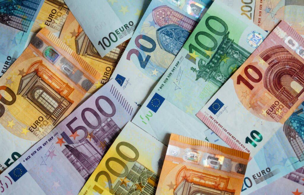 Αναδρομικά: Ποιοί θα πληρωθούν το Δεκέμβριο