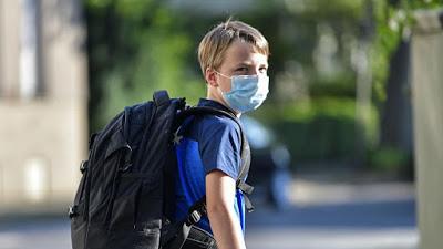 Κορονοϊός: Σε μερικά χρόνια θα καταλήξει να είναι μια απλή… παιδική λοίμωξη