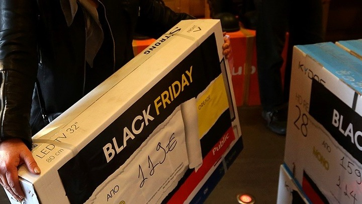 Black Friday εν μέσω πανδημίας: Πώς θα γίνουν οι φετινές αγορές