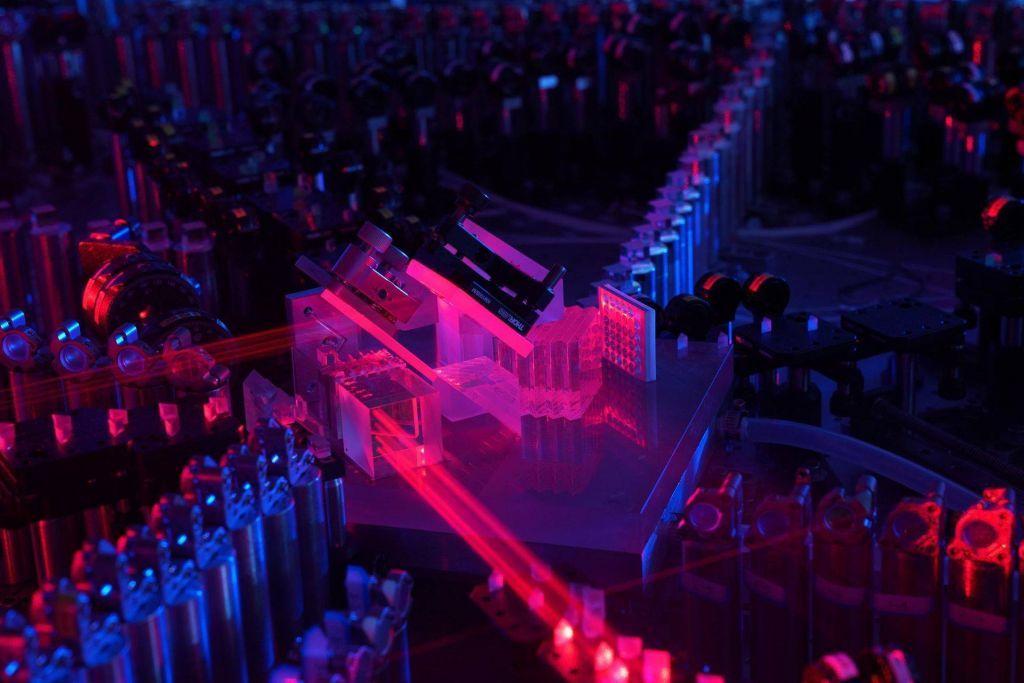 Κινέζοι ερευνητές πέτυχαν το «κβαντικό πλεονέκτημα» στους υπολογιστές χρησιμοποιώντας φωτόνια