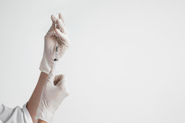 Είναι ασφαλές το εμβόλιο για τον κορονοϊό; Πώς το κάνω;