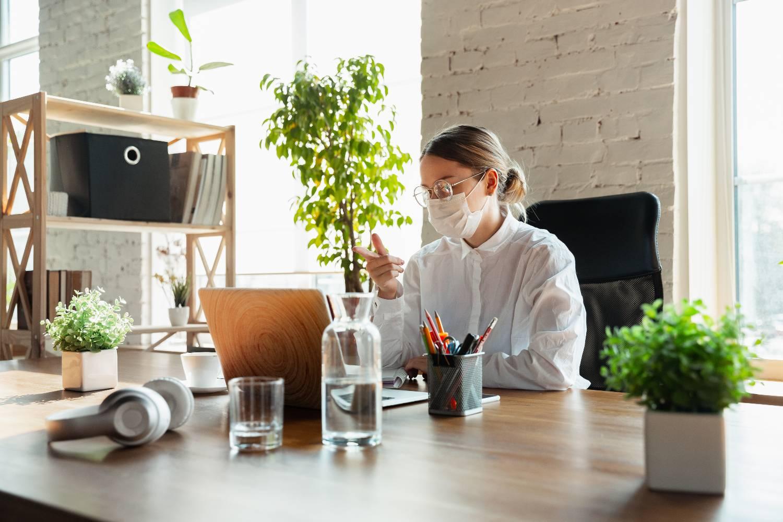 Τι αλλάζει στα εργασιακά - Τι θα ισχύσει με τις υπερωρίες