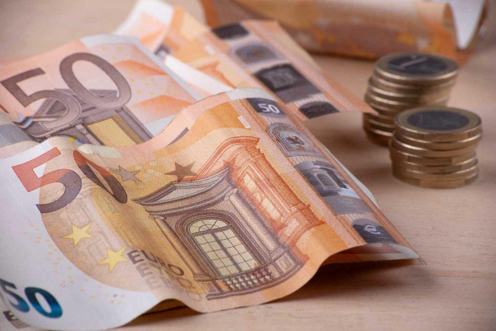 Επίδομα 534 ευρώ: ΝΕΕΣ κατηγορίες στους δικαιούχους