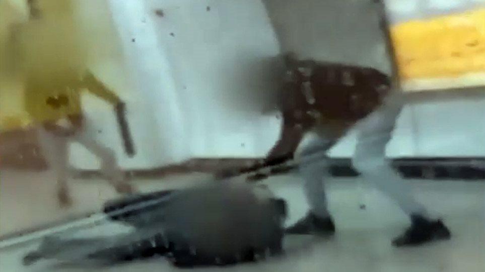 Ξυλοδαρμός μετρό: Συνελήφθησαν οι δύο δράστες - Τι ηλικίας είναι