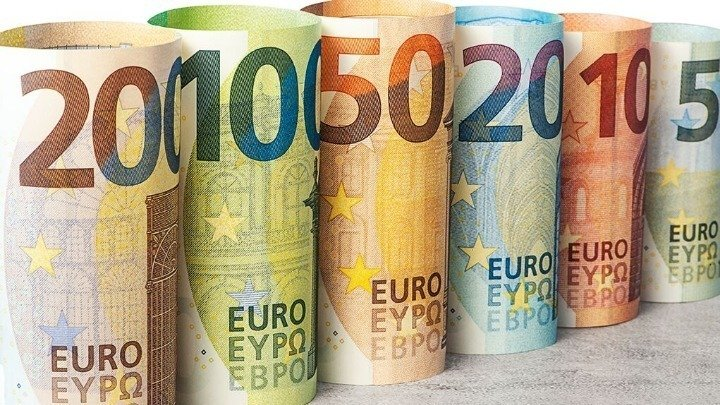ΟΑΕΔ – Επίδομα 400 ευρώ: Μπαράζ αιτήσεων – Πληρωμές