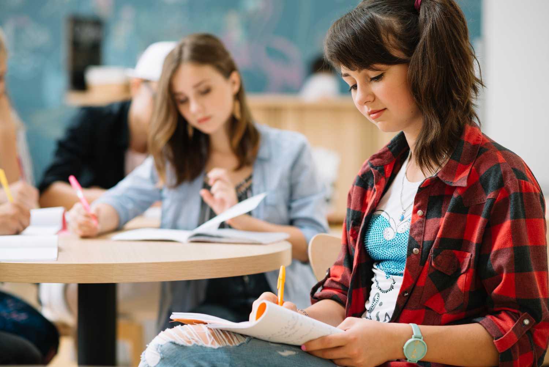 Πανελλήνιες 2021: «Χιλιάδες των υποψηφίων τον Αύγουστο που θα αποκλειστούν από τα πανεπιστήμια»