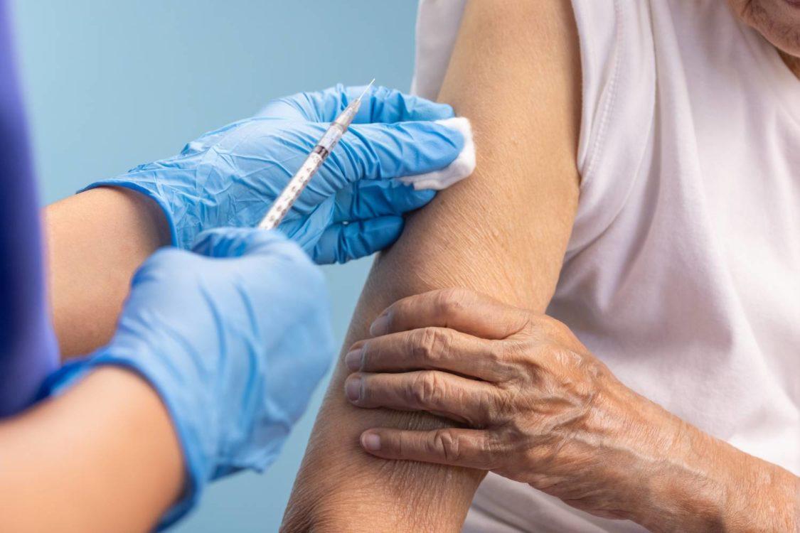 Έρευνα ΙΣΑ: Οι αρνητές του εμβολίου απειλή για το τείχος ανοσίας
