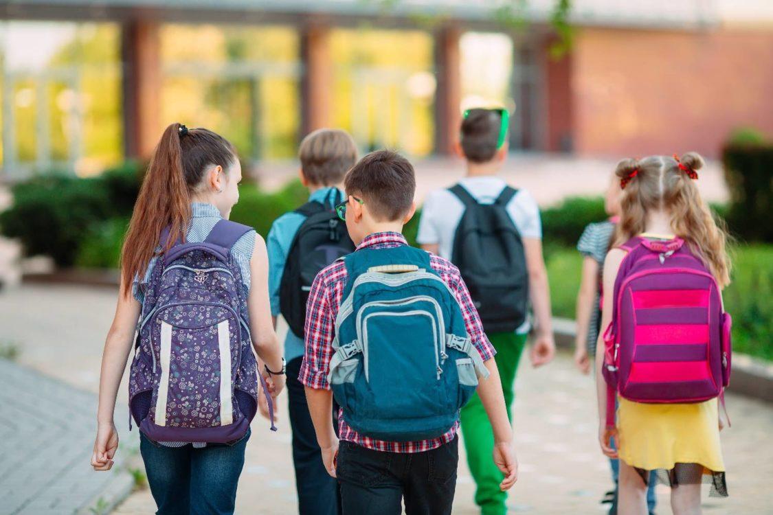 Σχολεία: Κίνδυνος διασποράς – Οι κατασκηνώσεις δείχνουν τι θα συμβεί