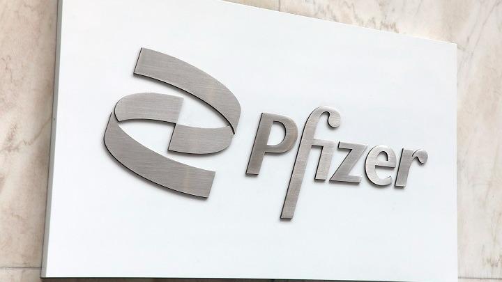 FDA: «Όχι» στην τρίτη δόση Pfizer στο σύνολο του πληθυσμού